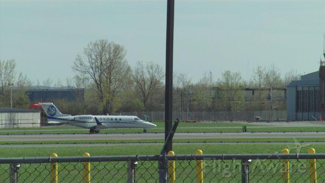Beechcraft Bonanza (33) (N29880)