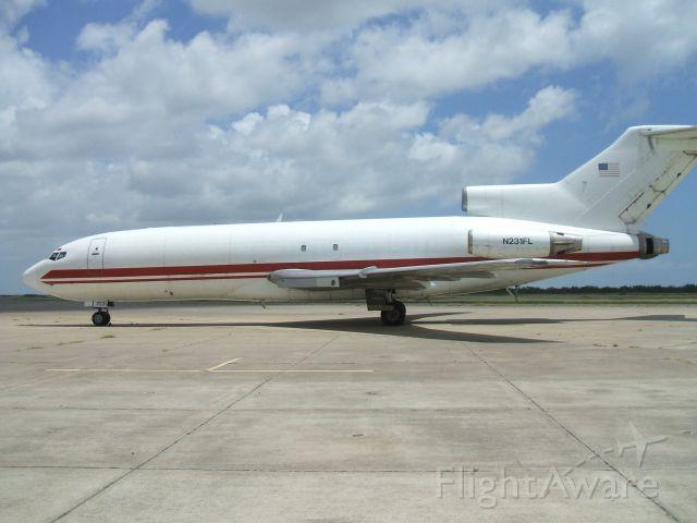 Boeing 727-100 (TSU231)