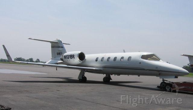 Learjet 31 (N131BR) - 6/18/09