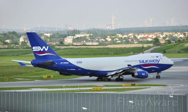 Boeing 747-400 (4KSW008) - Silk Way West Airlines Boeing 747-4R7F 4K-SW008 in Vienna