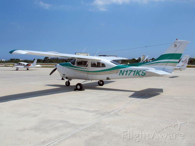 Cessna Centurion (N171KS) - The two ten. Best Cessna single engine!