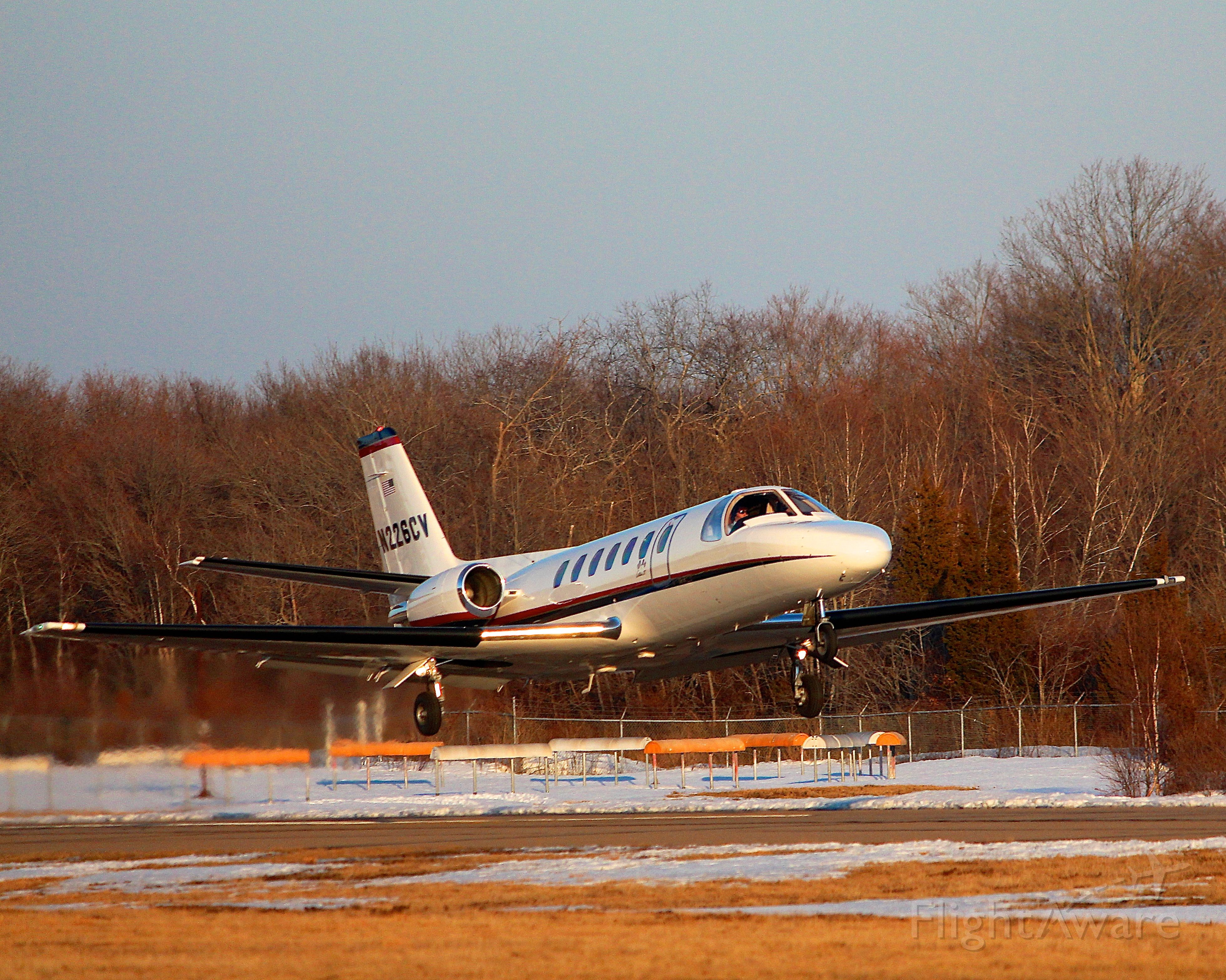 Cessna Citation II (N226CV) - Takeoff of one of the Shoreline Aviation charter planes from RWY 24.