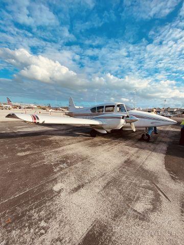 Piper Apache (N4143P)