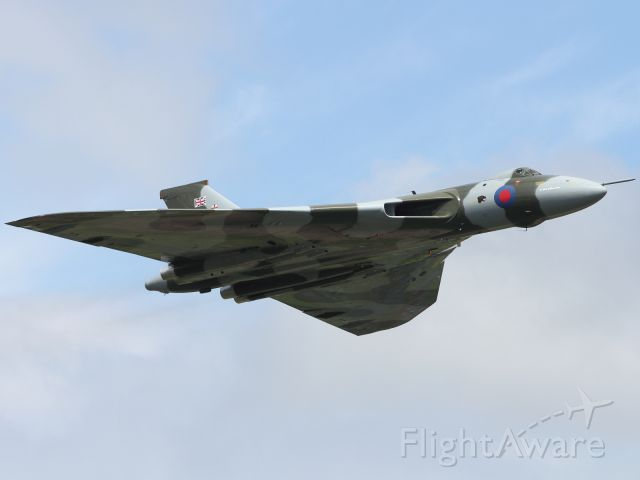 — — - The Avro Vulcan B2 performs a high speed flypast at RIAT 2012.
