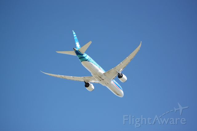 Boeing 787-9 Dreamliner (F-ONUI) - Departing Vancouver for Papeete.