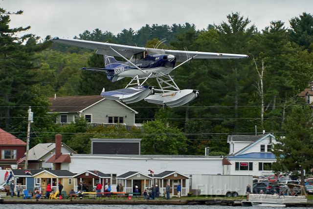 Cessna Skylane (N580WA) - Short final