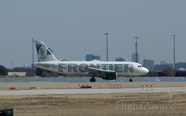 Airbus A320 — - Frontier A320 in line for take off on 18L at KDFW.