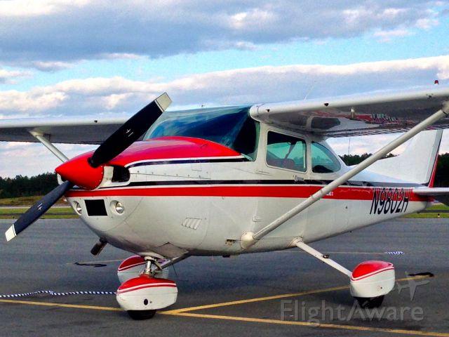 Cessna Skylane (N9802H)