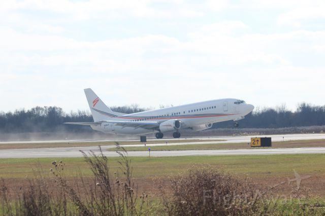 Boeing 737-700 (N458UW) - Boeing 737-400 just hitting rotation on Runway 30 at Gary Regional Airport.