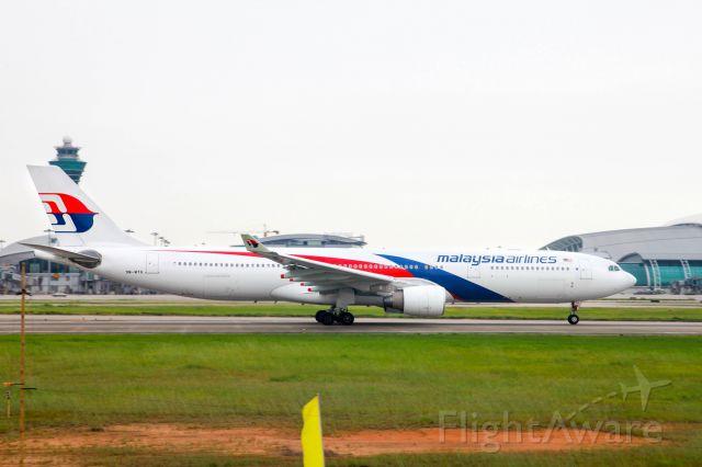 Airbus A330-300 (9M-MTG)