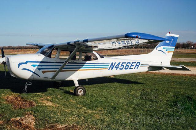 Cessna Skyhawk (N456ER)