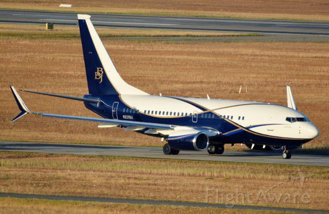 Boeing 737-700 (N839BA)