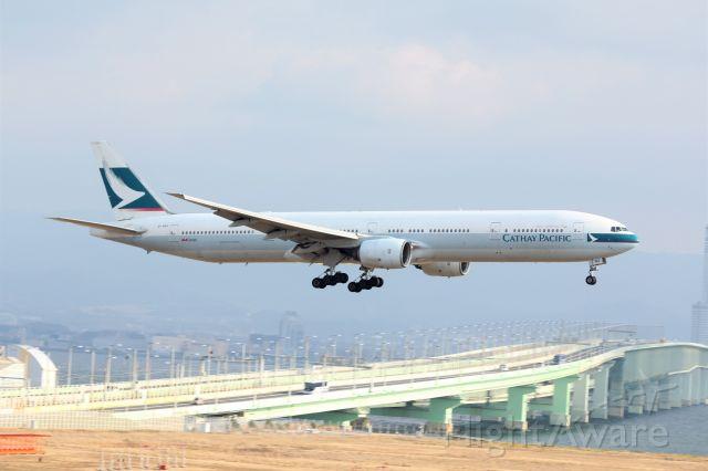 BOEING 777-300 (B-HNG)