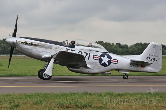 North American P-51 Mustang (D-FTSI) - Taxiing after landing.