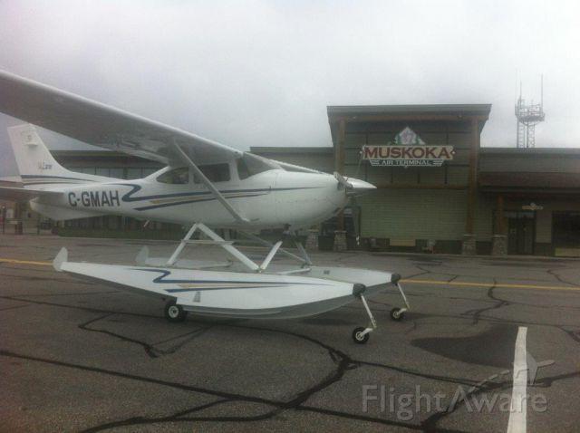 Cessna Skylane (C-GMAH) - Departing Muskoka for St. Johns