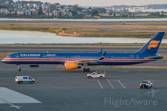 BOEING 757-300 (TF-ISX) - Icelandair