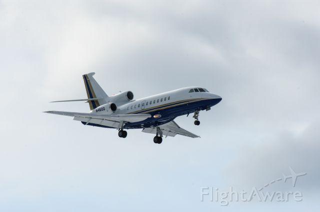 Dassault Falcon 900 (N460D)