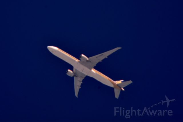 BOEING 777-300 (9V-SWM) - Singapore Airlines 62 Domodedovo Intl to Houston Bush Intctl over Cleveland 36,000 ft.08.20.15.