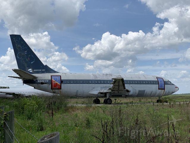 Boeing 737-700 (N322XV) - Found in an obscure boneyard.