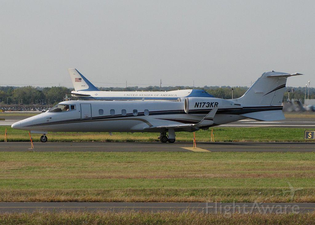 Learjet 60 (N173KR) - AF1 in the background