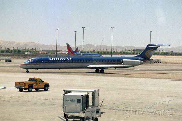 McDonnell Douglas MD-88 (N601ME) - Aug-04