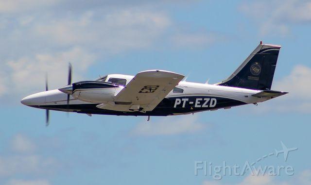 Piper Seneca (PT-EZD)