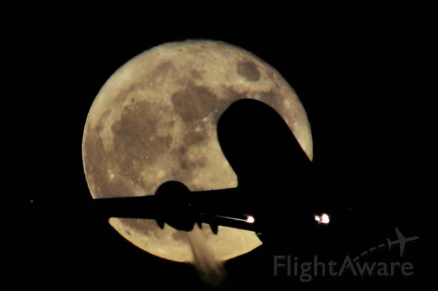 Boeing 737-700 — - Supermoon Departures from Vegas 11-14-16