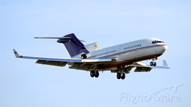 Boeing 727-100 (N311AG) - #N311AG a private B727-017(RE)(WL) (ln 858 / cn 20512) on final to Rwy 16R on 11.20.18. The aircraft was diverted to KPAE due to fog at KSEA.