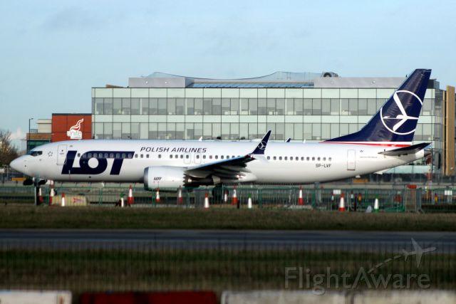 Boeing 737 MAX 8 (SP-LVF) - Departing rwy 27R on 20-Dec-18 operating flight LOT282 to EPWA.