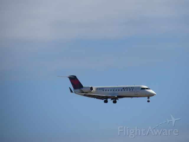 Canadair Regional Jet CRJ-200 (N920EV)
