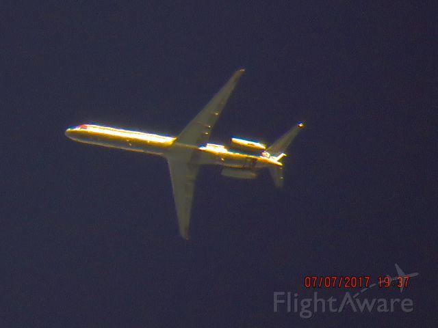 McDonnell Douglas MD-82 (N7547A)
