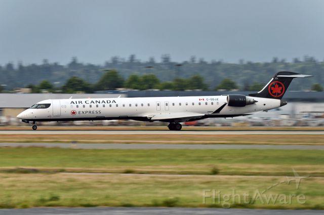 Canadair Regional Jet CRJ-900 (C-GDJZ)