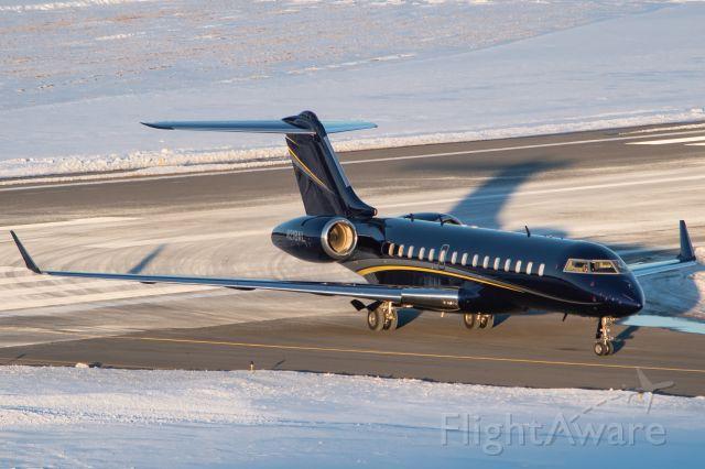 Bombardier Global Express (N218AL) - N218AL clearing the runway a few minutes before sunset