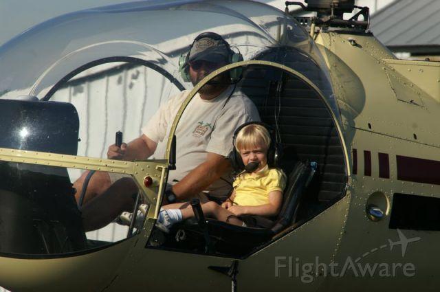 N2291U — - Paul Salmon with a young passenger in N2291U