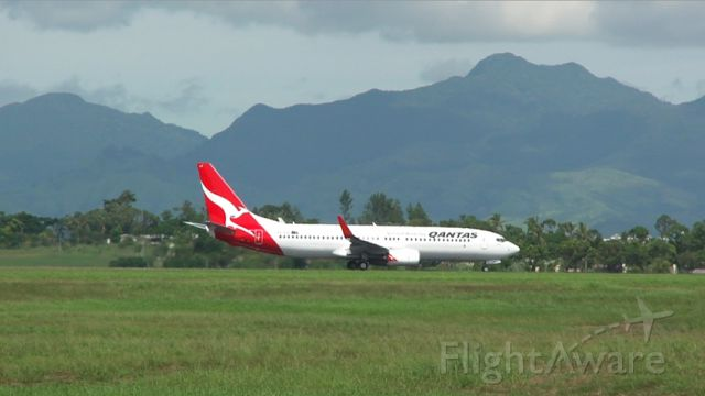 Boeing 737-800 (VH-XZD) - Delivered:KBFI-HNL-NAN-MEL 06 Apr 2013
