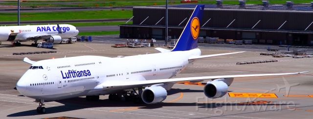 BOEING 747-8 (D-ABYL)