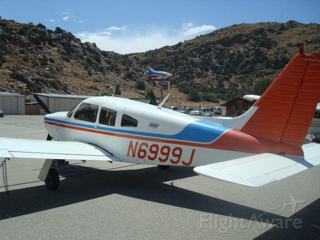 Piper Cherokee (N6999J) - kern valley, CA