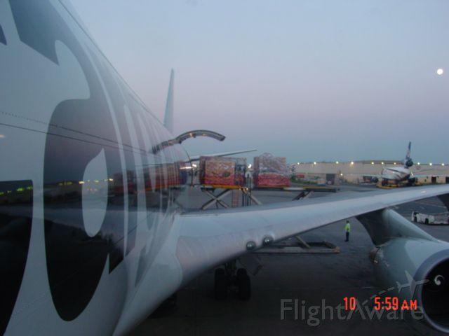 Boeing 747-400 — - CV