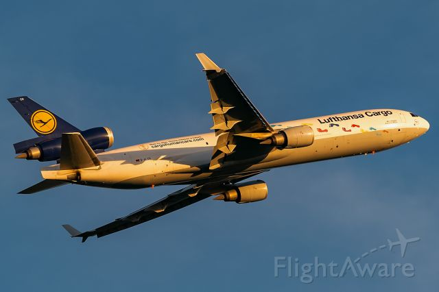 Boeing MD-11 (D-ALCH)