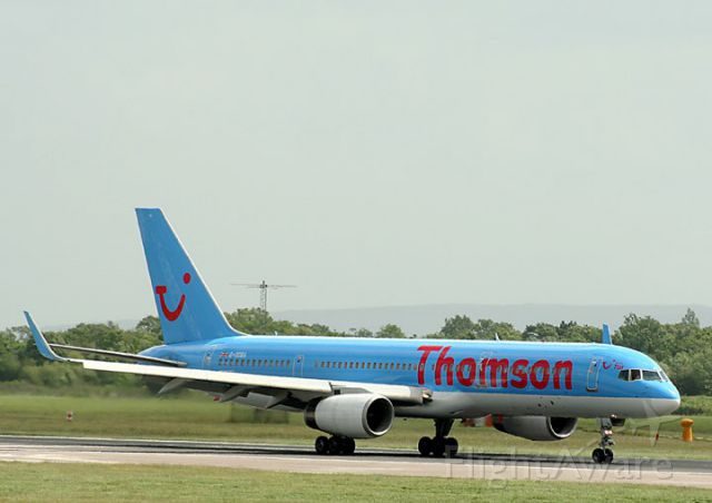 Boeing 757-200 (G-OCEA) - Thomson plane is taking off at uk airport