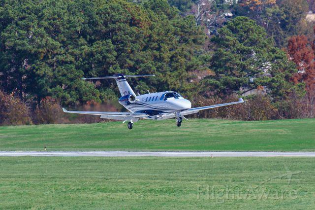 Cessna Citation M2 (N242LM)