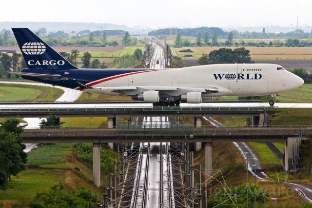 Boeing 747-400 (N741WA) - some more pictures a rel=nofollow href=http://www.svenvt.de/galerie/flugzeuge/chamber/http://www.svenvt.de/galerie/flugzeuge/chamber//a