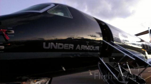— — - UNDER ARMOUR GLF-550