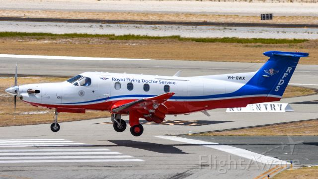 Pilatus PC-12 (VH-OWX) - Using as much runway as possible