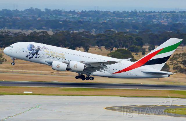 Airbus A380-800 (A6-EEH)