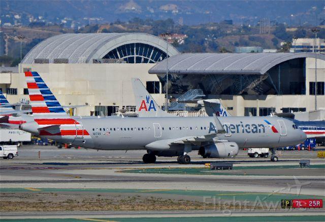 "Airbus A321 (N117AN) - <a rel=""nofollow"" href=""http://flightaware.com/live/flight/N117AN/history/20141102/1459Z/KJFK/KLAX"">http://flightaware.com/live/flight/N117AN/history/20141102/1459Z/KJFK/KLAX</a>"
