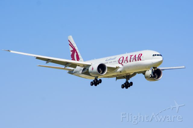 Boeing 777-200 (A7-BBE) - 09/13/2015 Qatar A7-BBE B777 KDFW - Beautiful Livery On These Planes