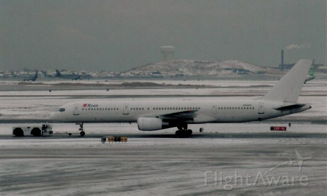 Boeing 757-200 (N929RD) - From January 7, 2005 - doing a charter.