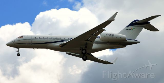 Bombardier Global Express (C-GSNG) - On short final for runway 24. This aircraft turned around for a hop over to London