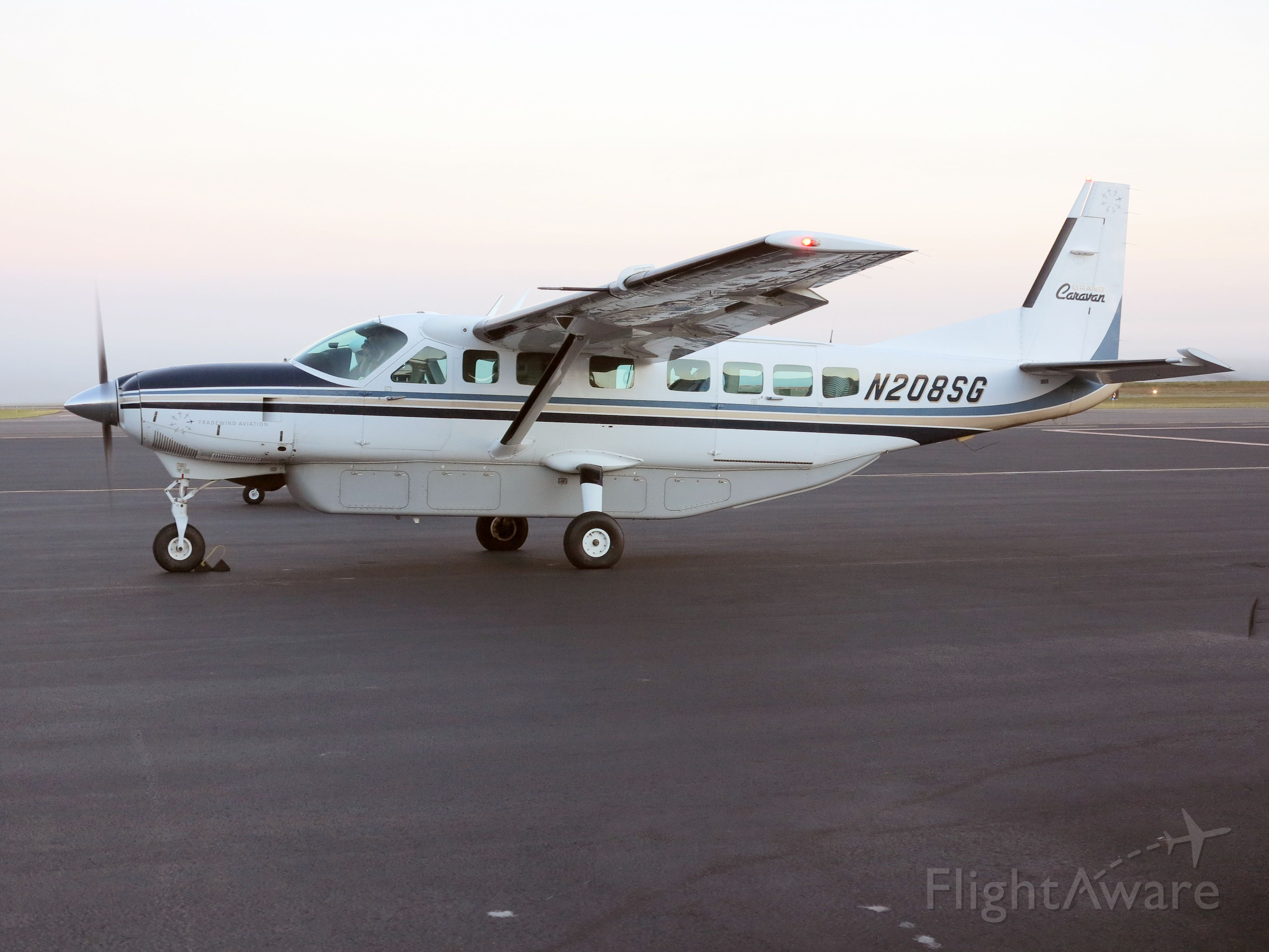 Cessna Caravan (N208SG) - Taxiiing out for the early Monday morning run.